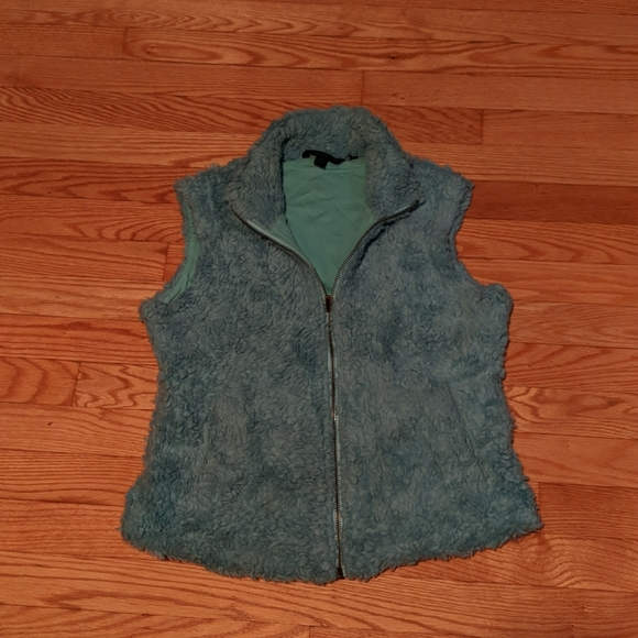 DONATING SOON Fuzzy Blue Boden Vest